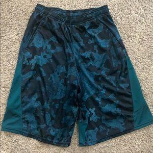 Boys C9 by Champion Athletic Shorts Size XL